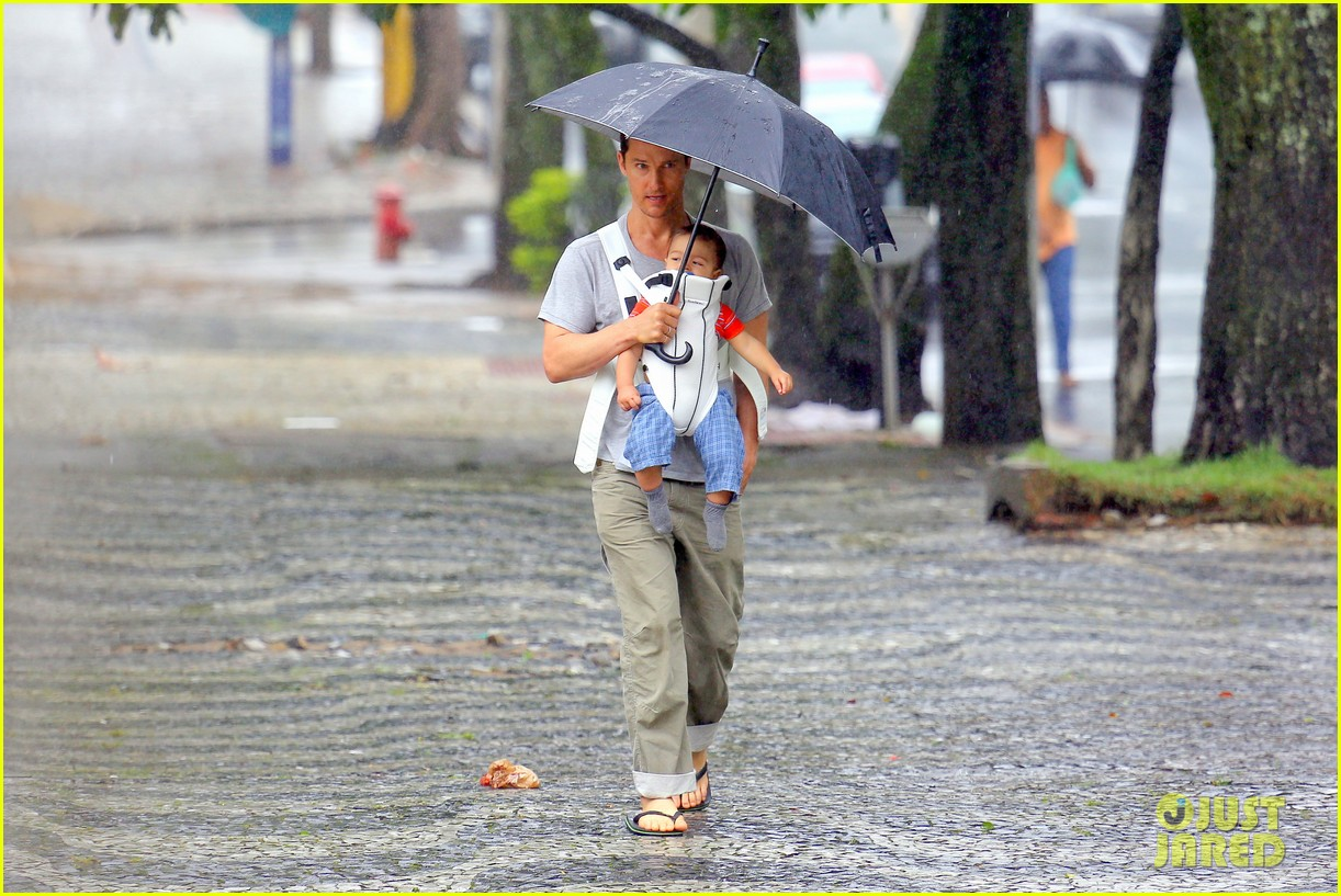 matthew mcconaughey rainy post christmas stroll with livingston 163017834