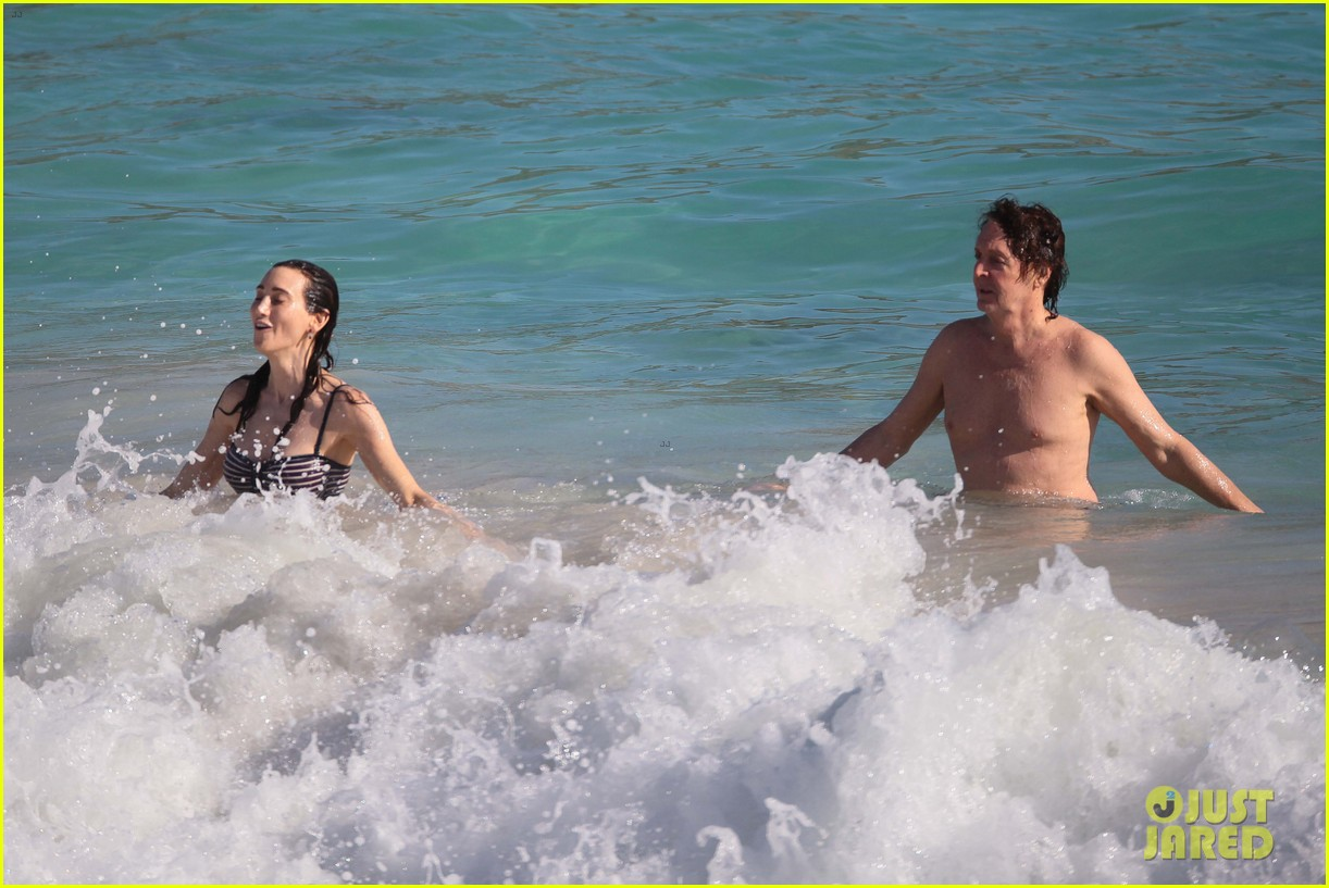 paul mccartney shirtless vacation with wife nancy shevell 08
