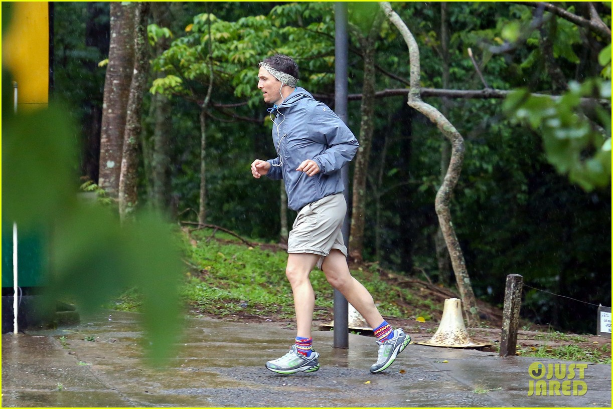 matthew mcconaughey braves the rain for a run in brazil 133018369