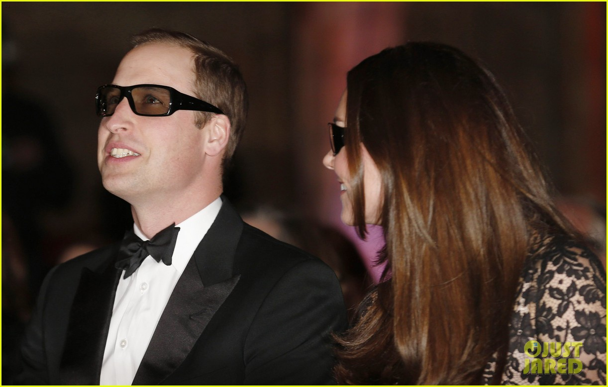 kate middleton prince william glam up for 3d movie premiere 073010011