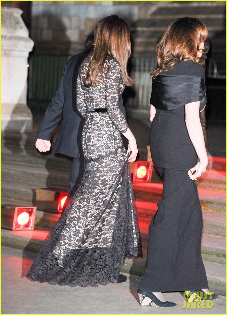kate middleton prince william glam up for 3d movie premiere 153010019