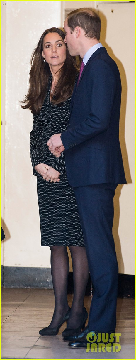 kate middleton prince william glam up for 3d movie premiere 21