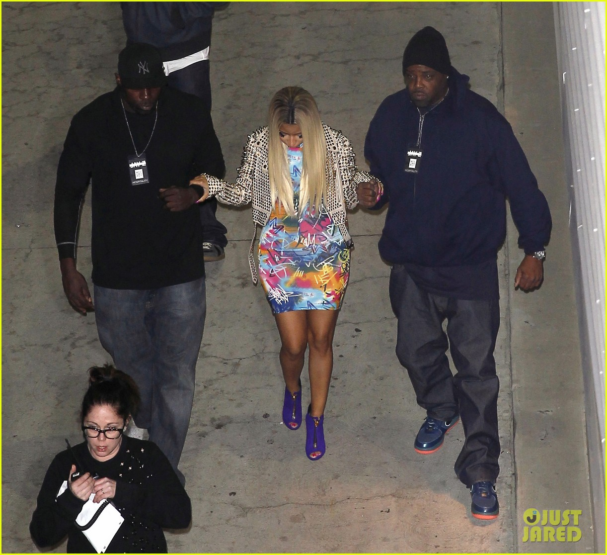 nicki minaj kelly rowland jay z concert ladies 01