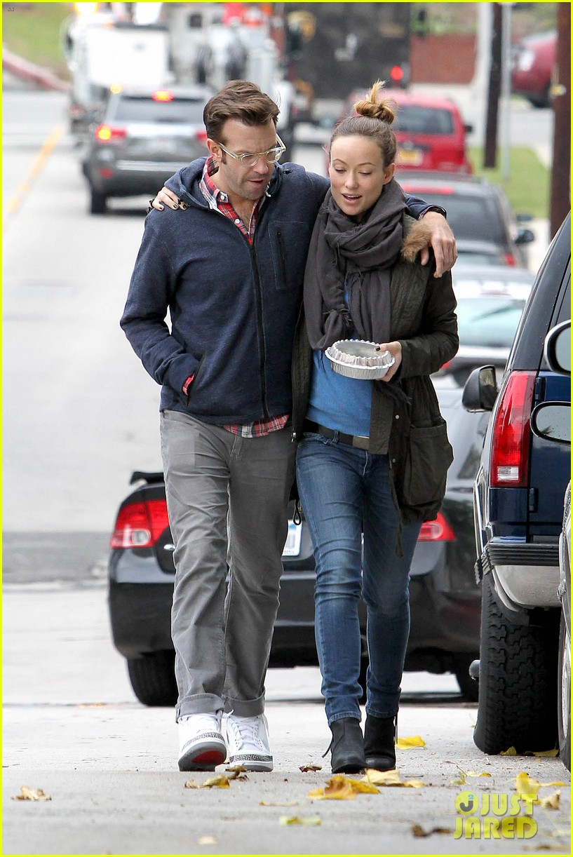 olivia wilde jason sudeikis arm in arm after lunch date 283007630