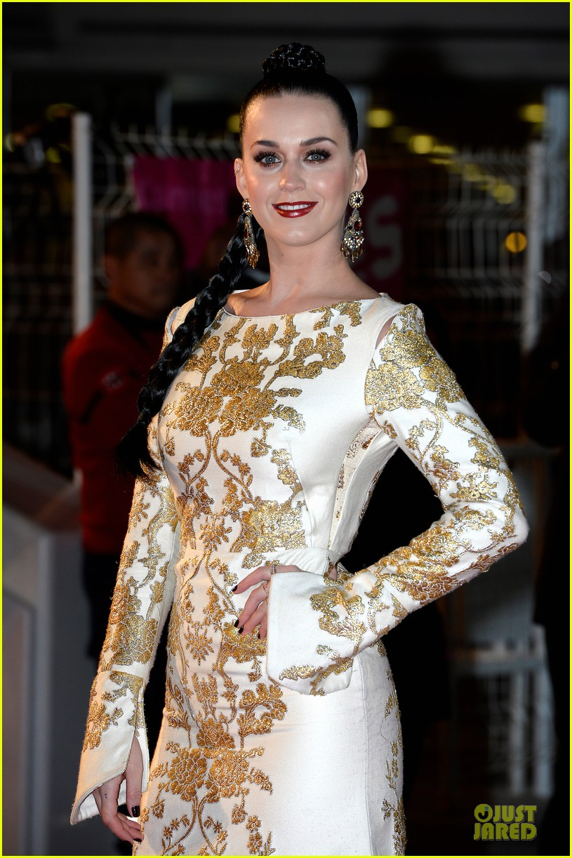 katy perry golden girl at nrj music awards 2013 16