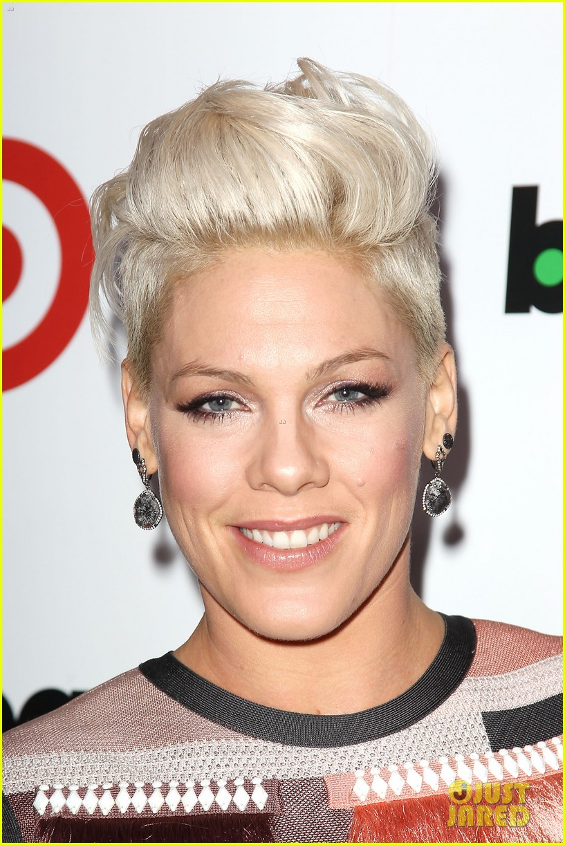 pink billboard women in music event with carey hart 093009184
