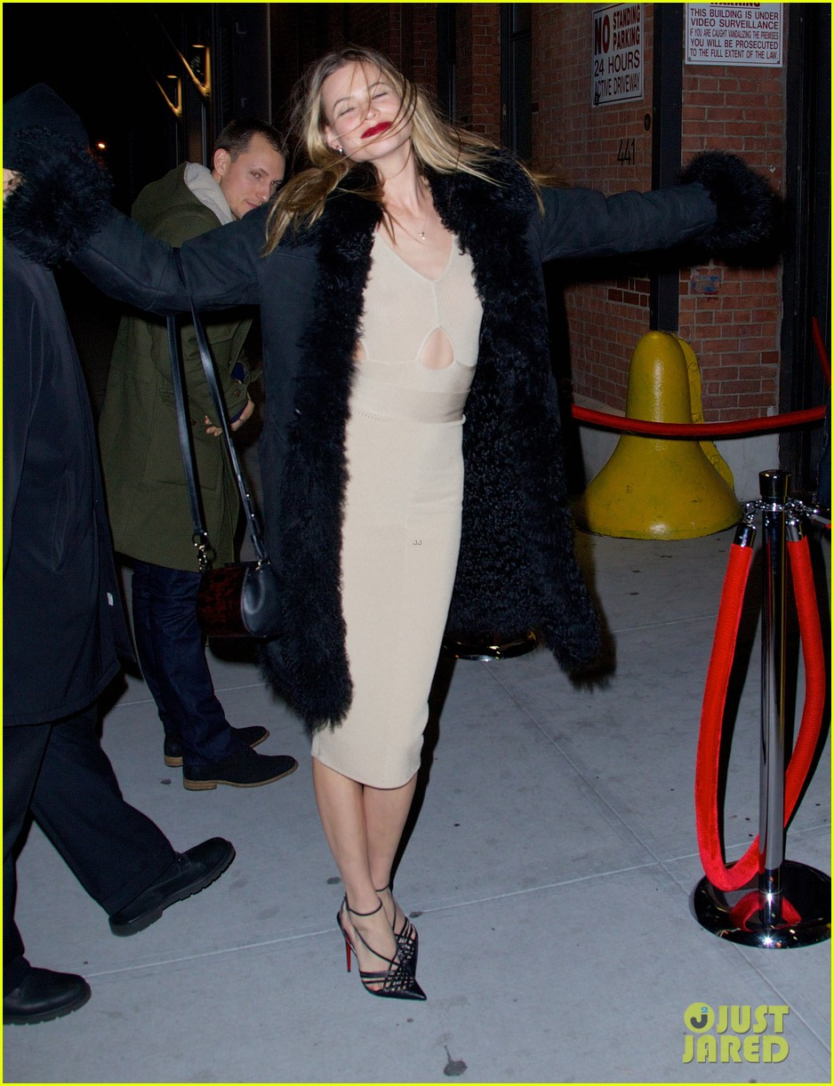 behati prinsloo candice swanepoel vs show viewing party 15