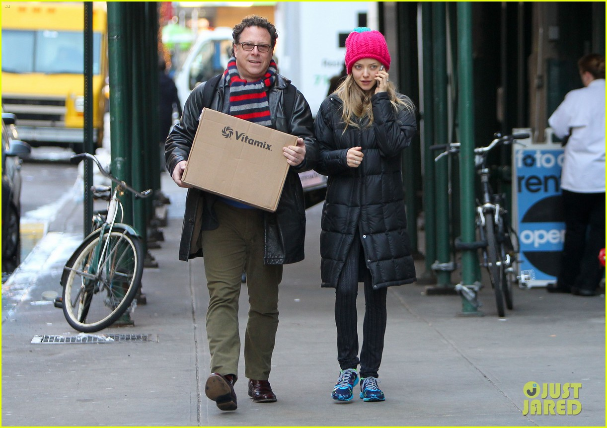 amanda seyfried monday morning dog walk with finn 053012976