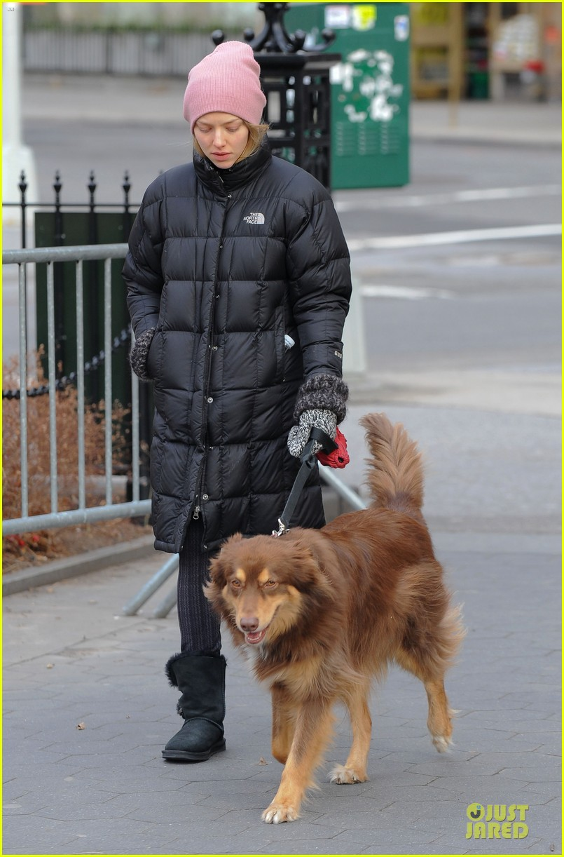 amanda seyfried post christmas pink walk with finn 073018752