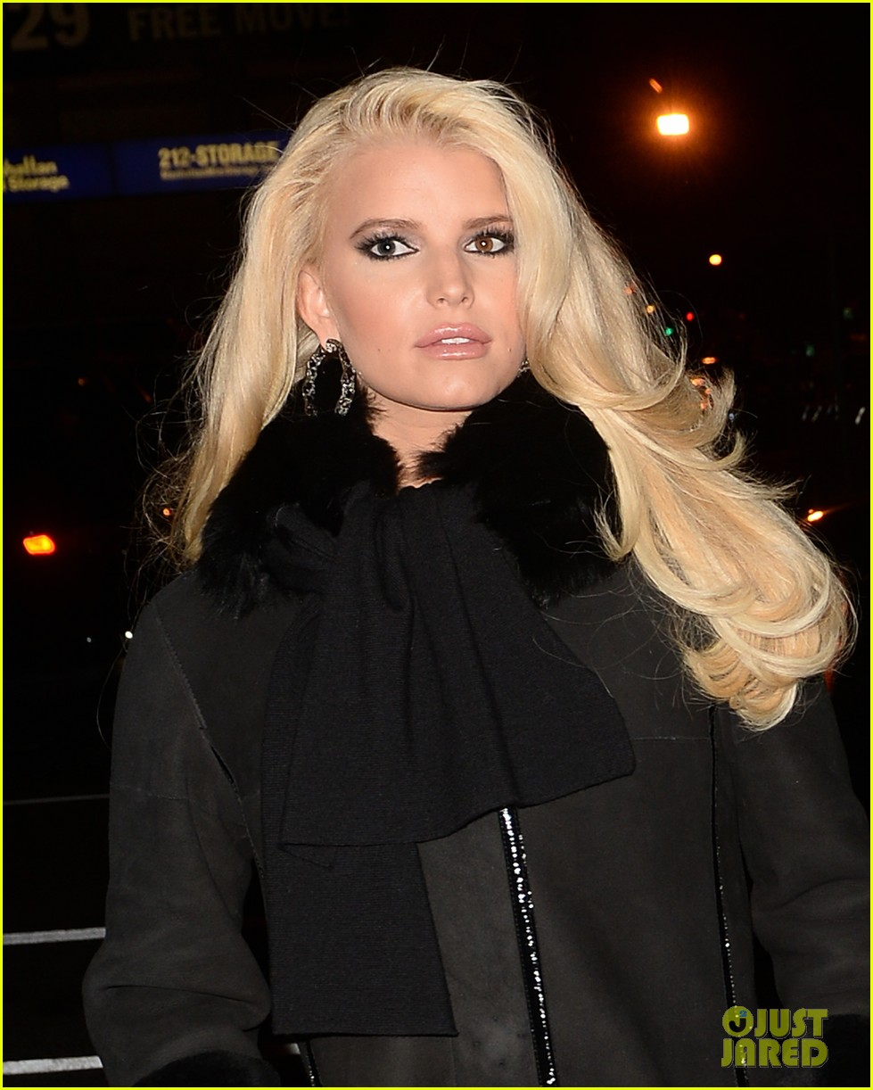jessica simpson footwear news achievement awards 2013 073004862