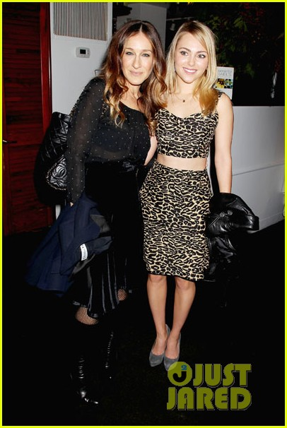 sarah jessica parker annasophia robb the carries meet 033008492