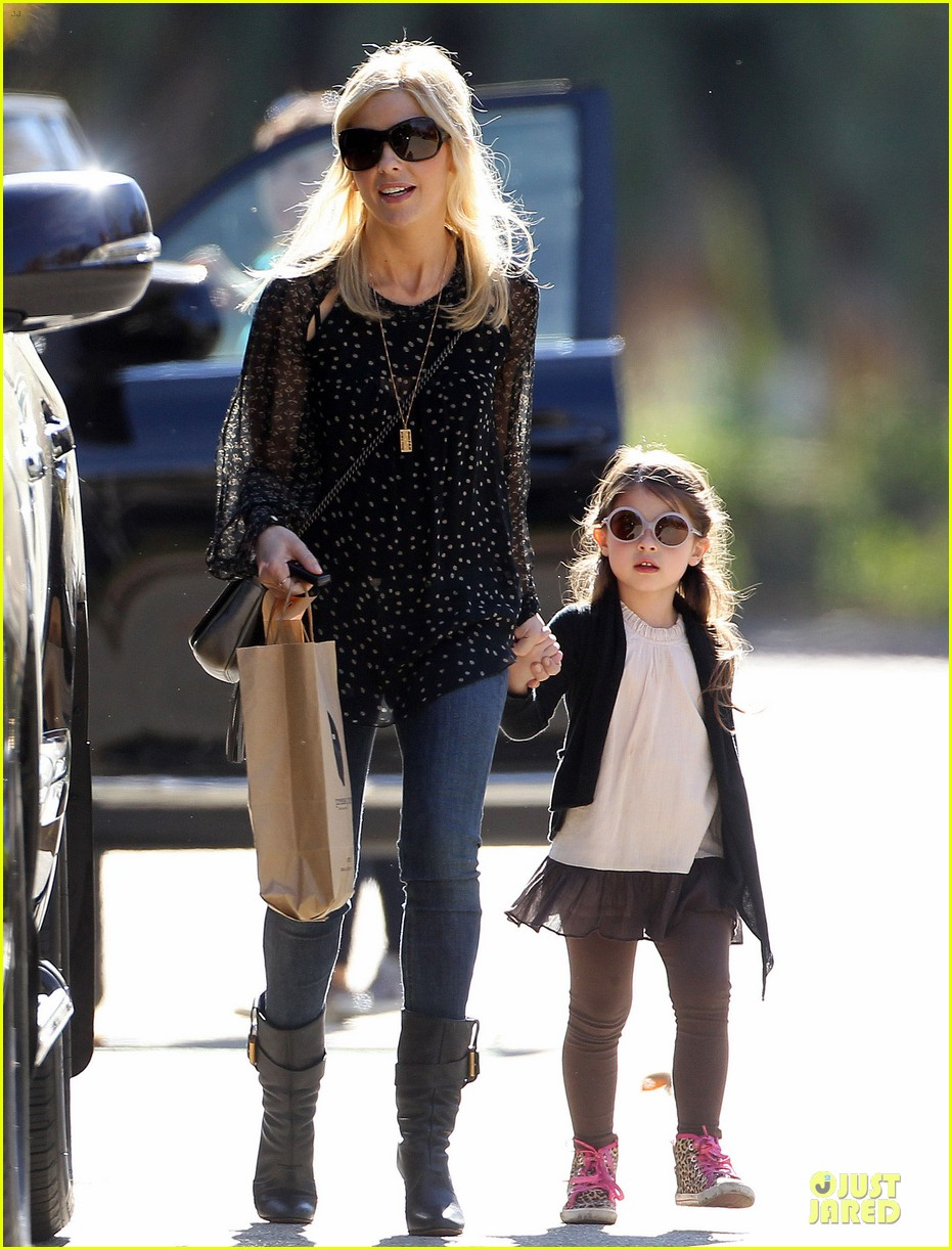 sarah michelle gellar mommy me class with charlotte 11
