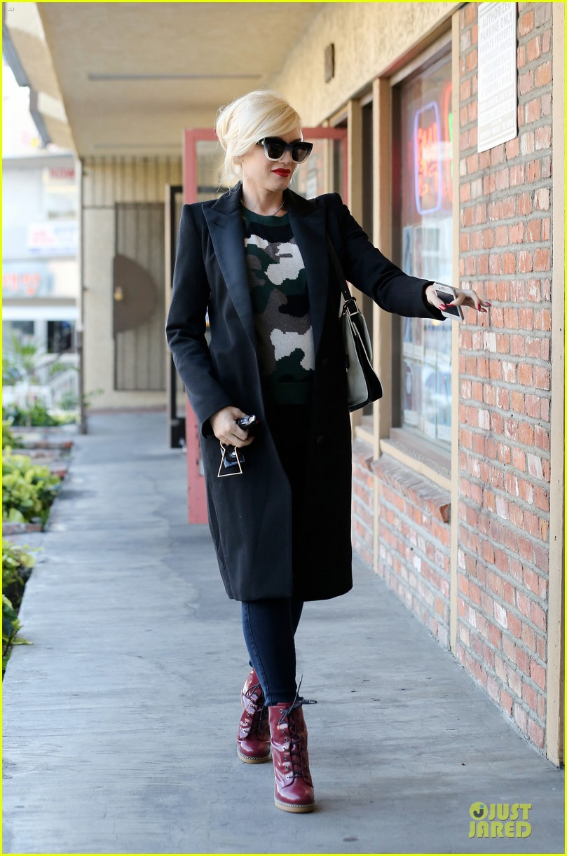 gwen stefani harajuku lovers pop up shop is finally here 113011891