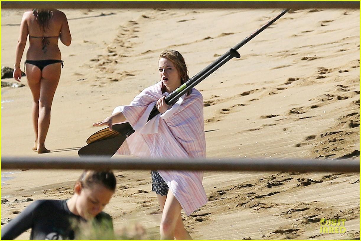emma stone hawaiian paddle boarding babe 073012514