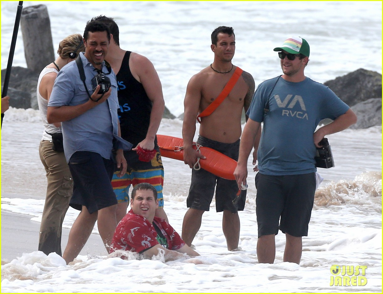 channing tatum gives jonah hill big hug for 22 jump street 193010621