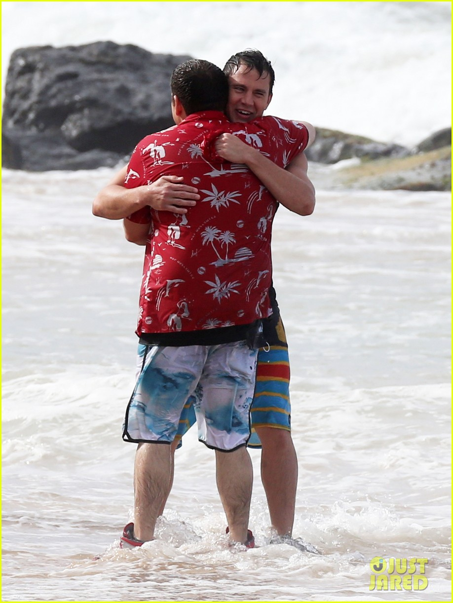 channing tatum gives jonah hill big hug for 22 jump street 273010629