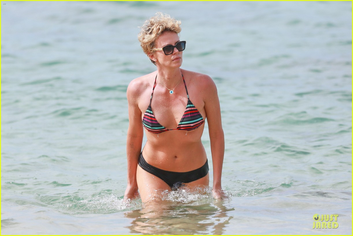 charlize theron colorful hawaiian bikini babe 073020231