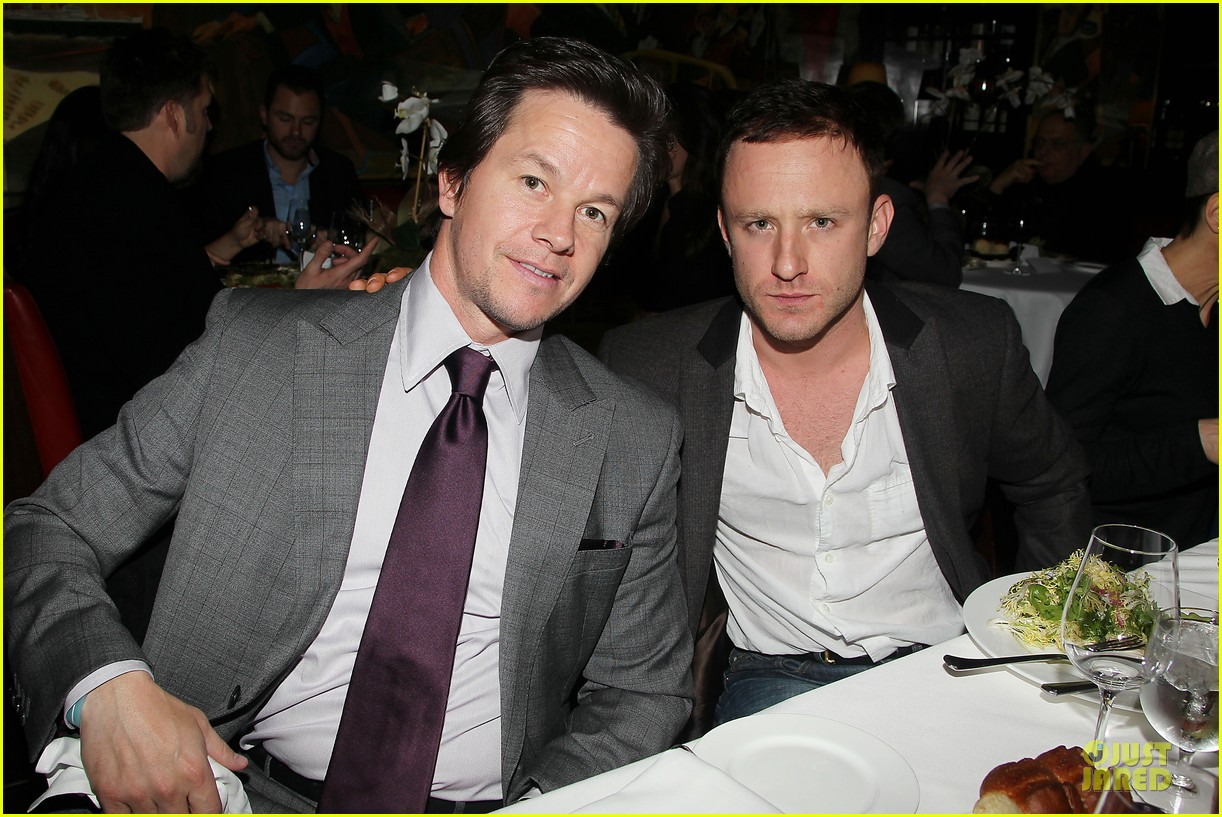 mark wahlberg taylor kitsch lone survivor luncheon 26