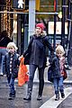 naomi watts walks in the rain with sasha samuel 19