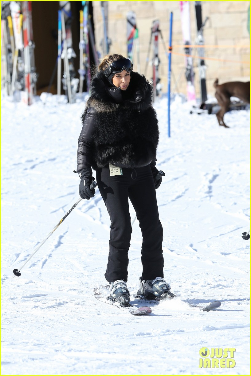 kanye west wears full face mask for skiing with kim kardashian 04