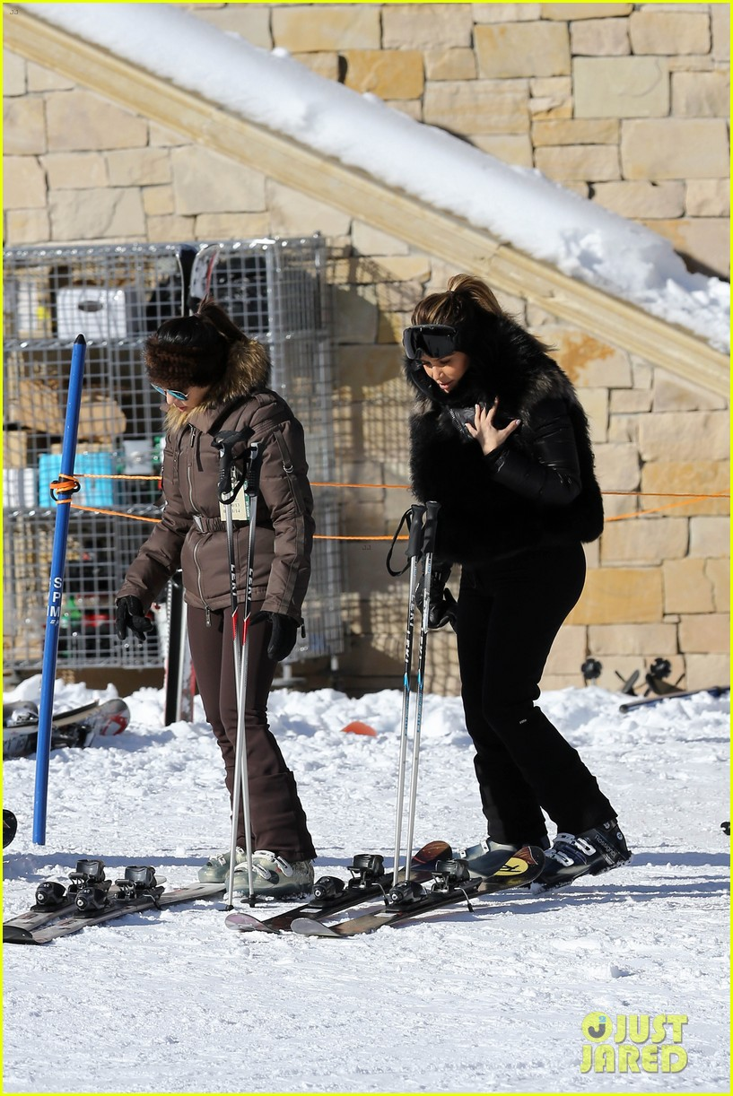 kanye west wears full face mask for skiing with kim kardashian 15