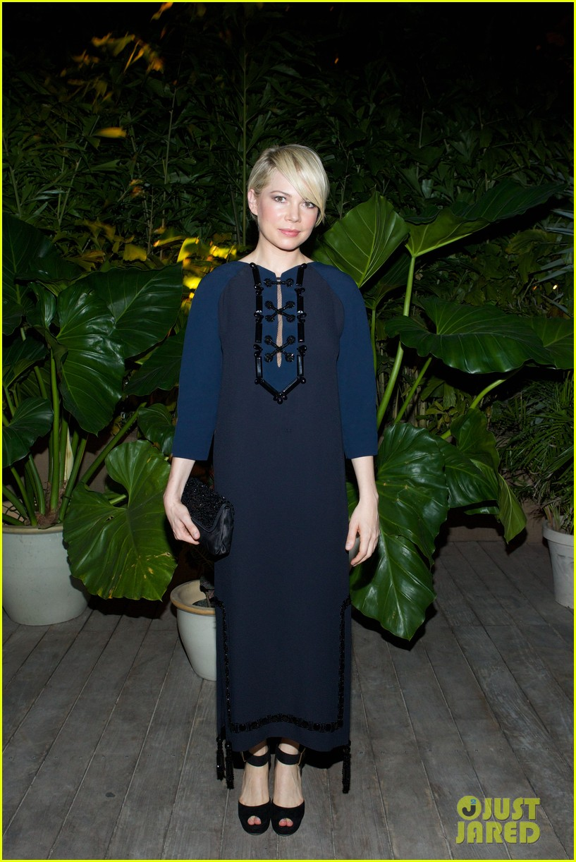 michelle williams celebrates art basel with louis vuitton 173006595