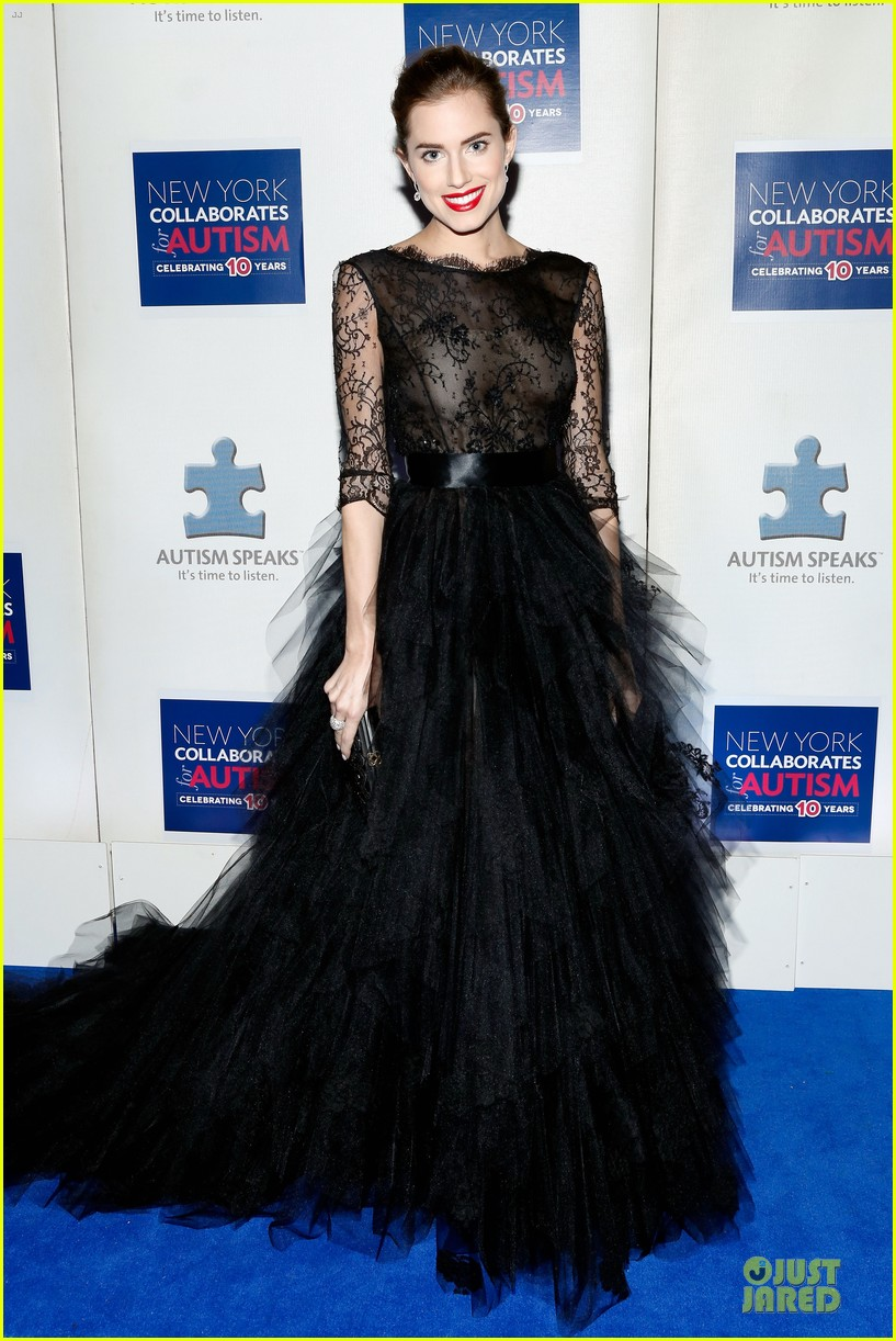 allison williams kelly rowland winter ball for autism 03