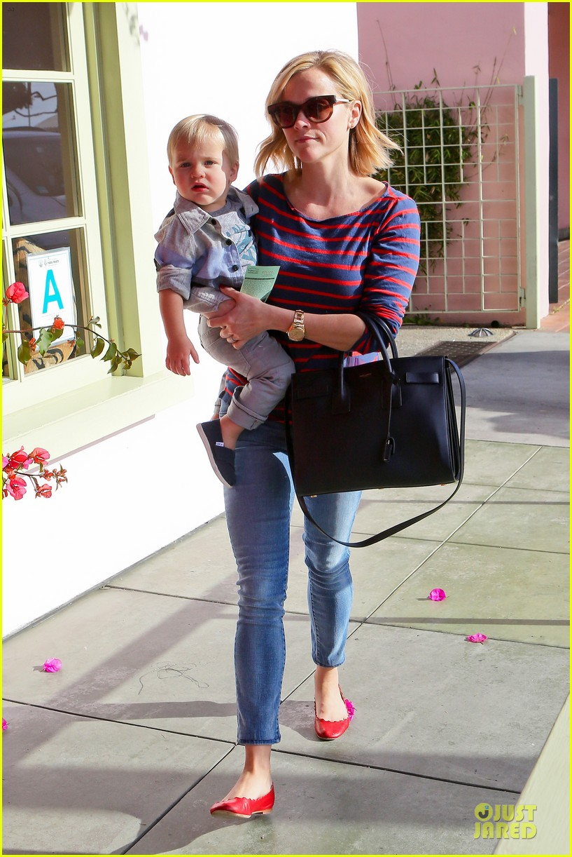 reese witherspoon ivy at the shore lunch with tennessee 153012651