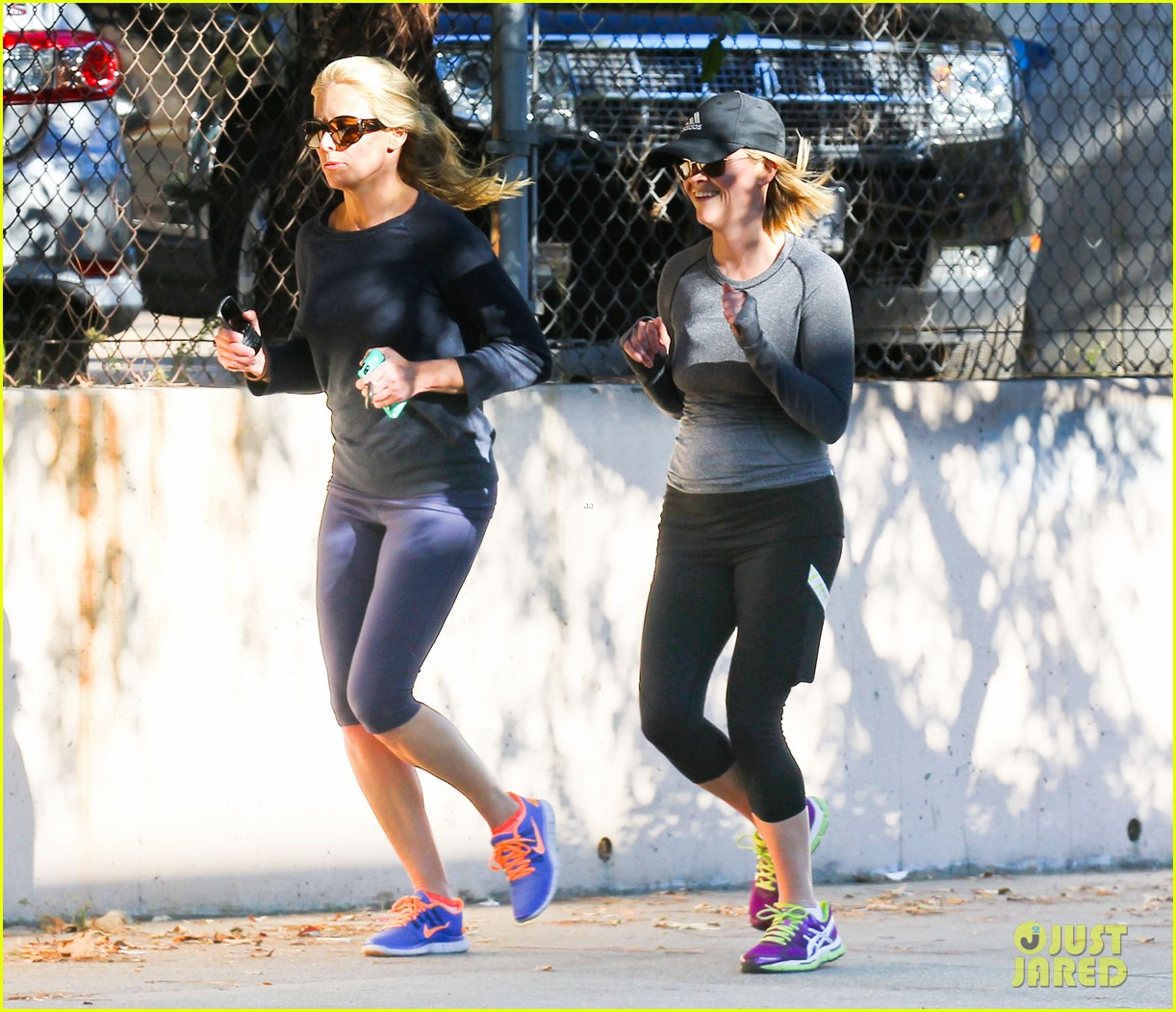 reese witherspoon morning jog after paris vacation 223009943