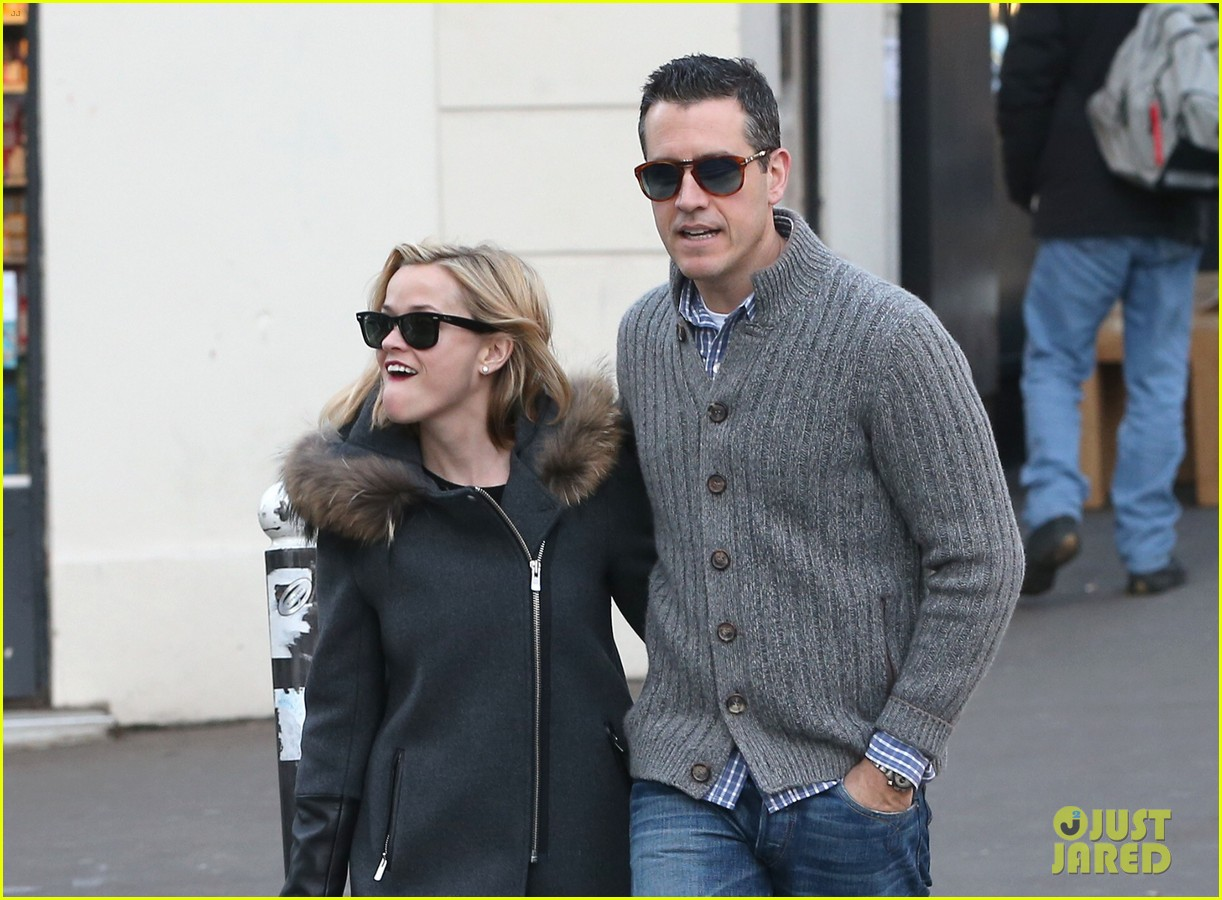 reese witherspoon jim toth go shopping in paris 09