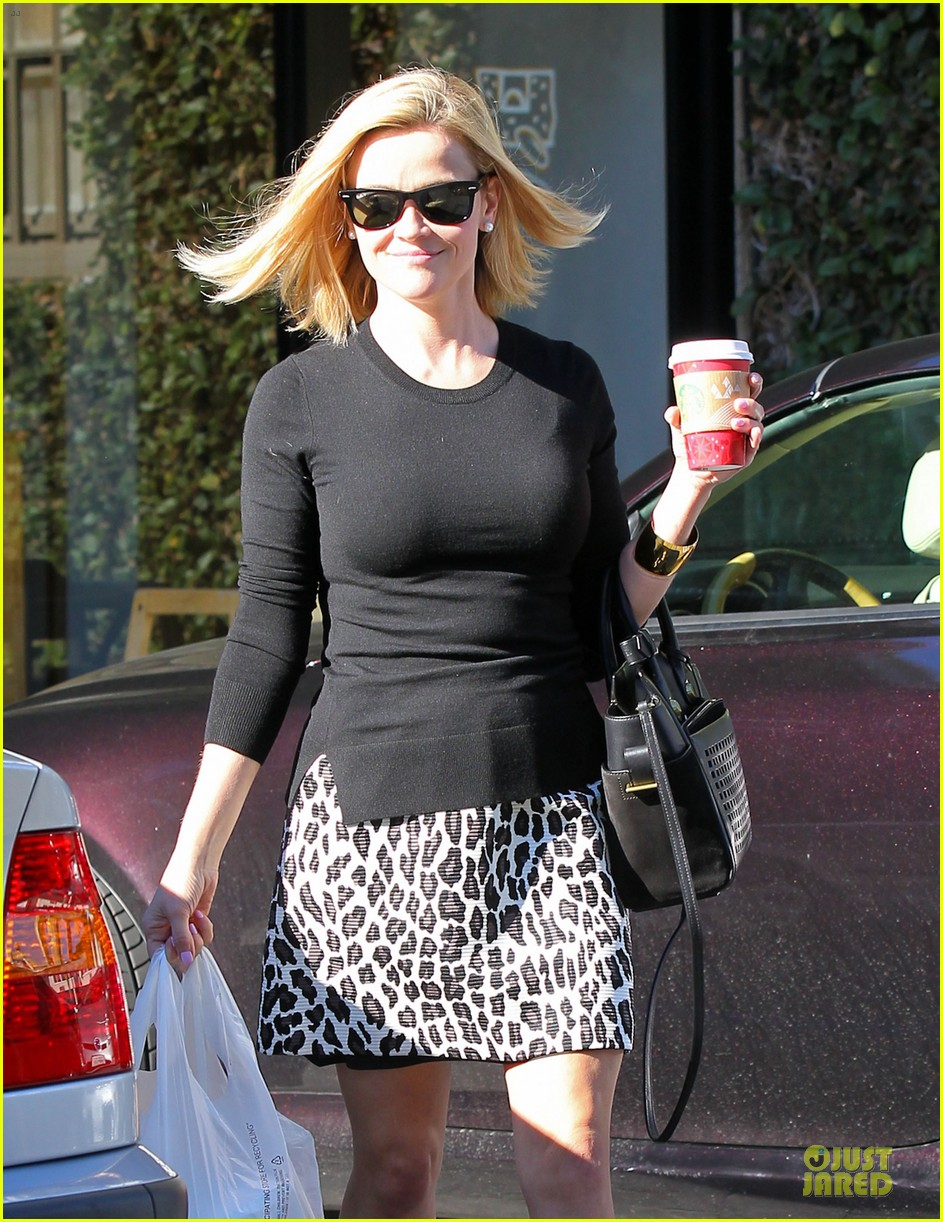 reese witherspoon wild lunch before christmas 04