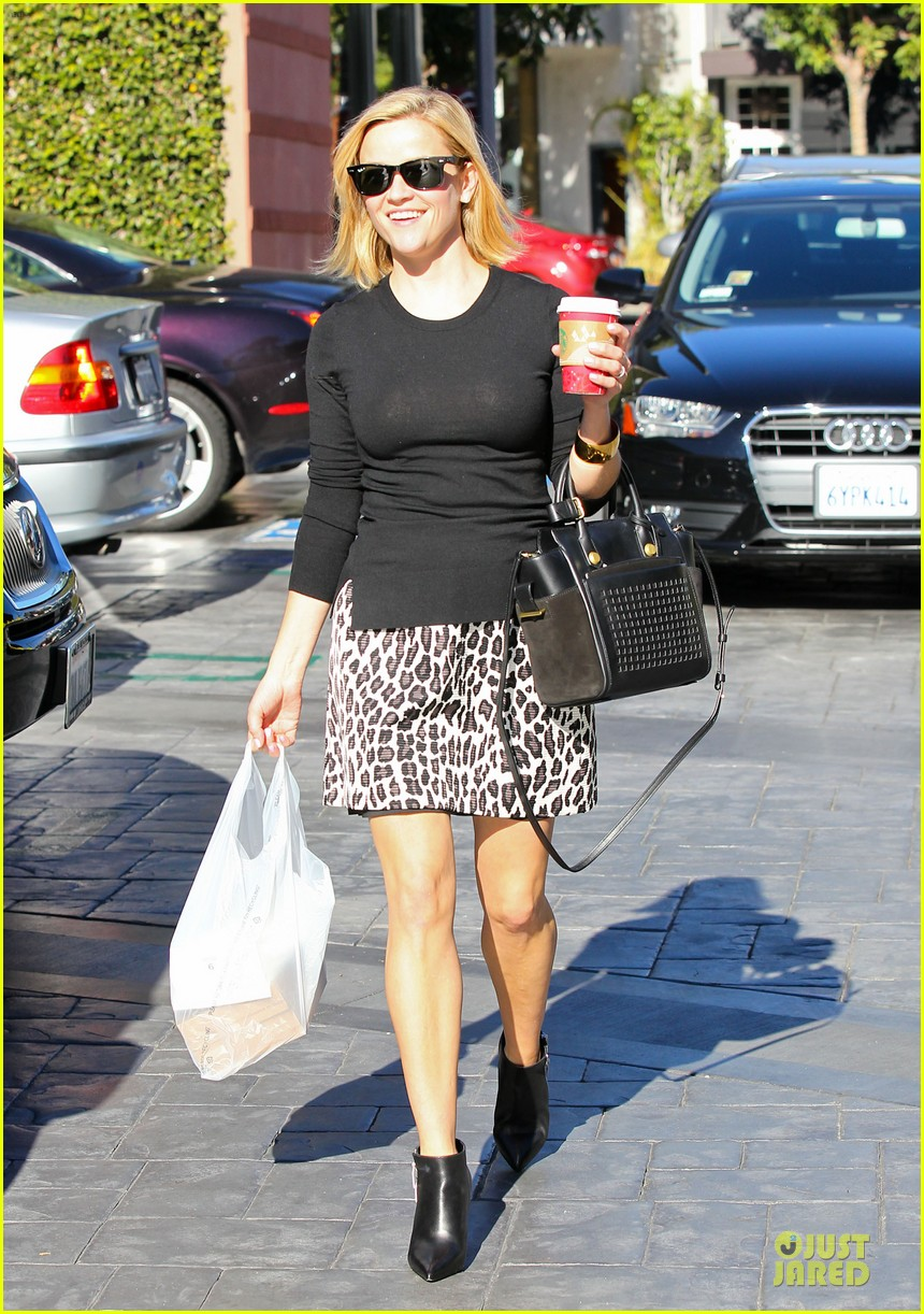 reese witherspoon wild lunch before christmas 053016741