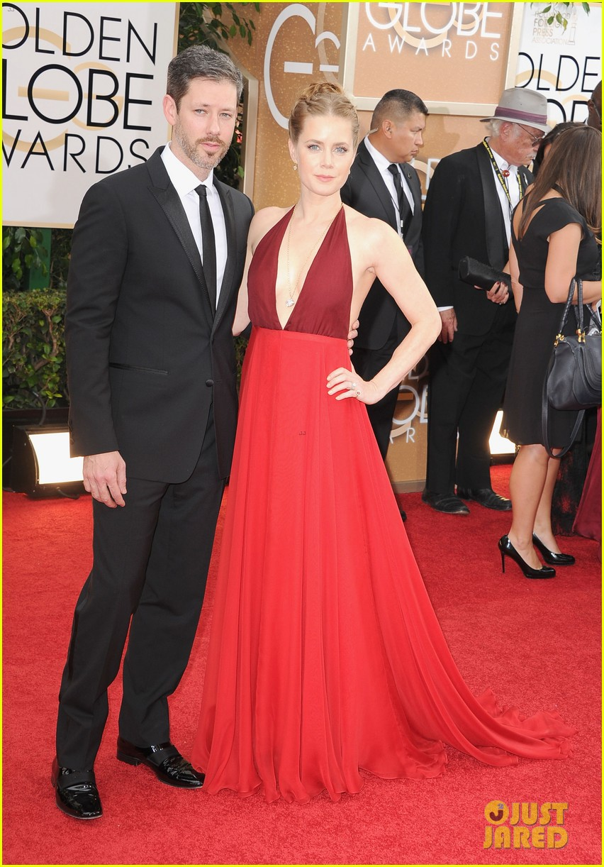 amy adams golden globes 2014 red carpet 01
