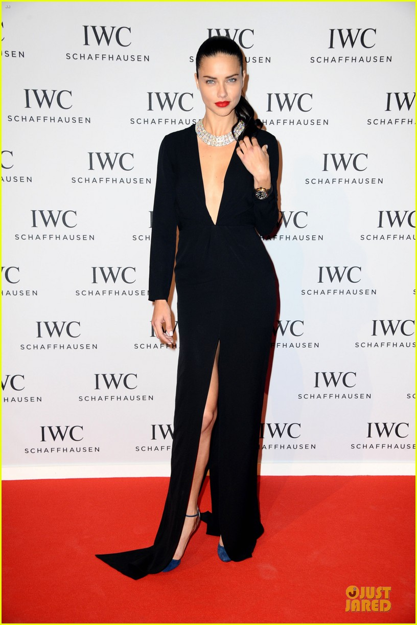 adriana lima karolina kurkova iwc aquatimer watch launch 013037279