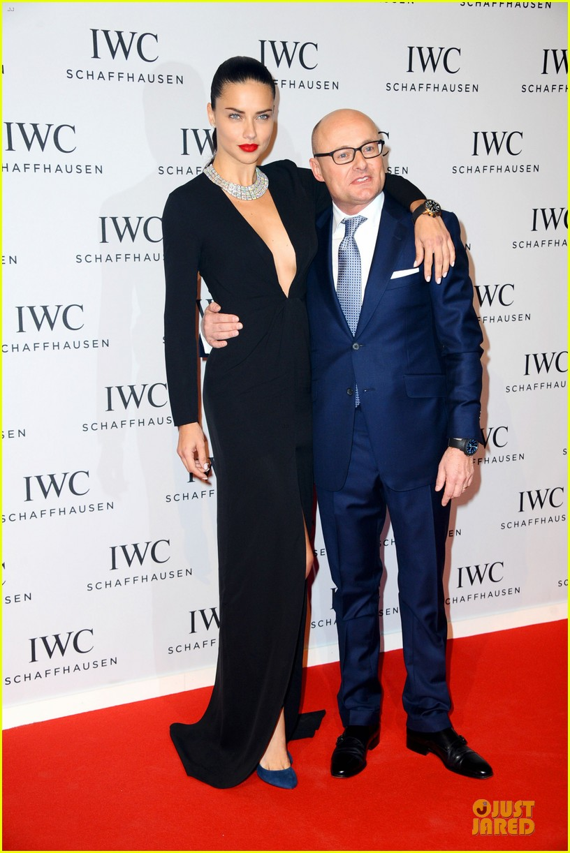 adriana lima karolina kurkova iwc aquatimer watch launch 263037304