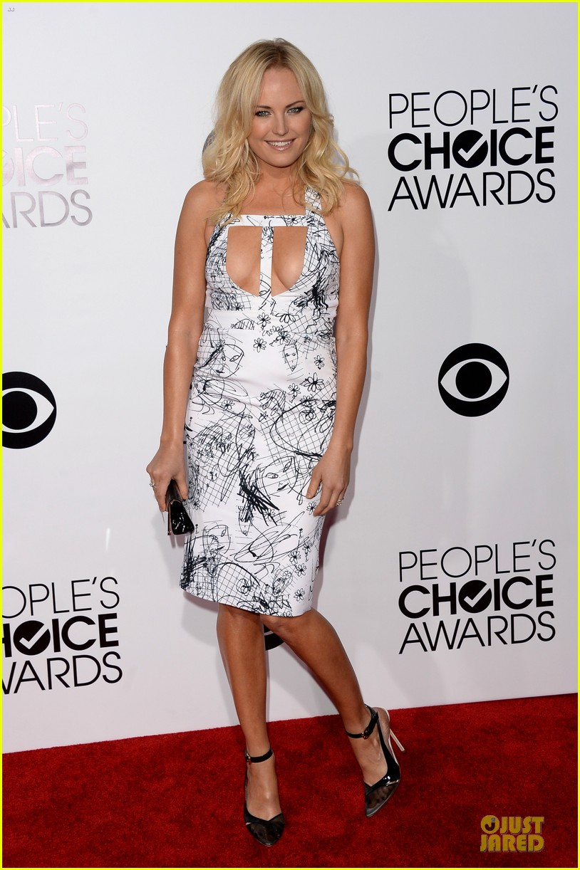 malin akerman bailee madison people choice awards 2014 red carpet 133025531