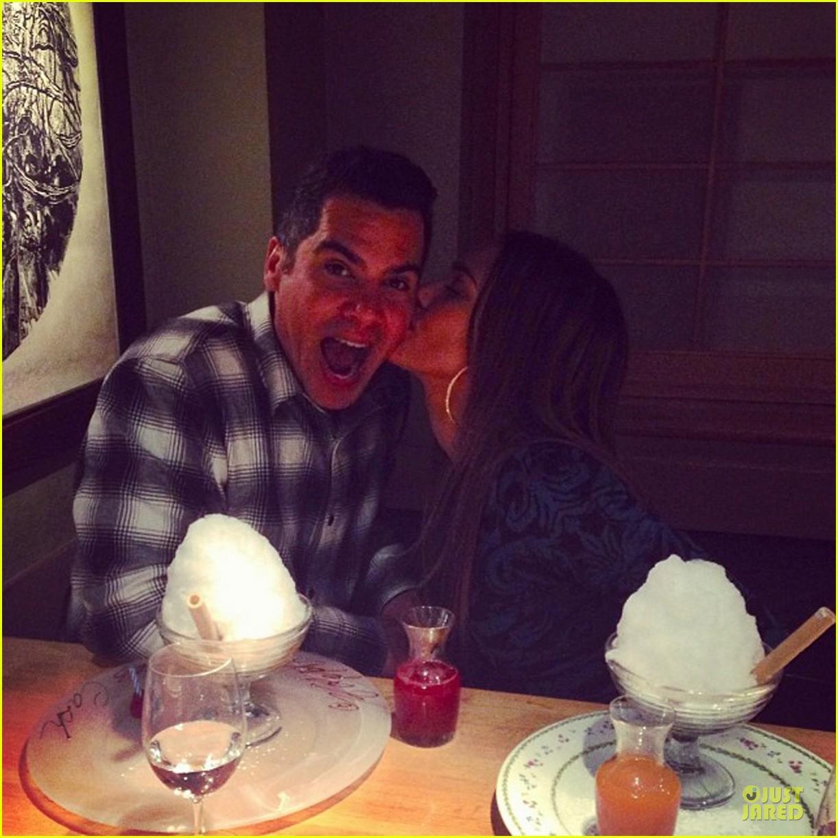 jessica alba kisses cash warren on the 35th birthday 05