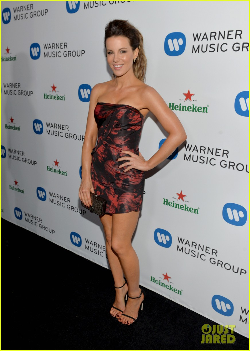 kate beckinsale warner music groups grammy party 01