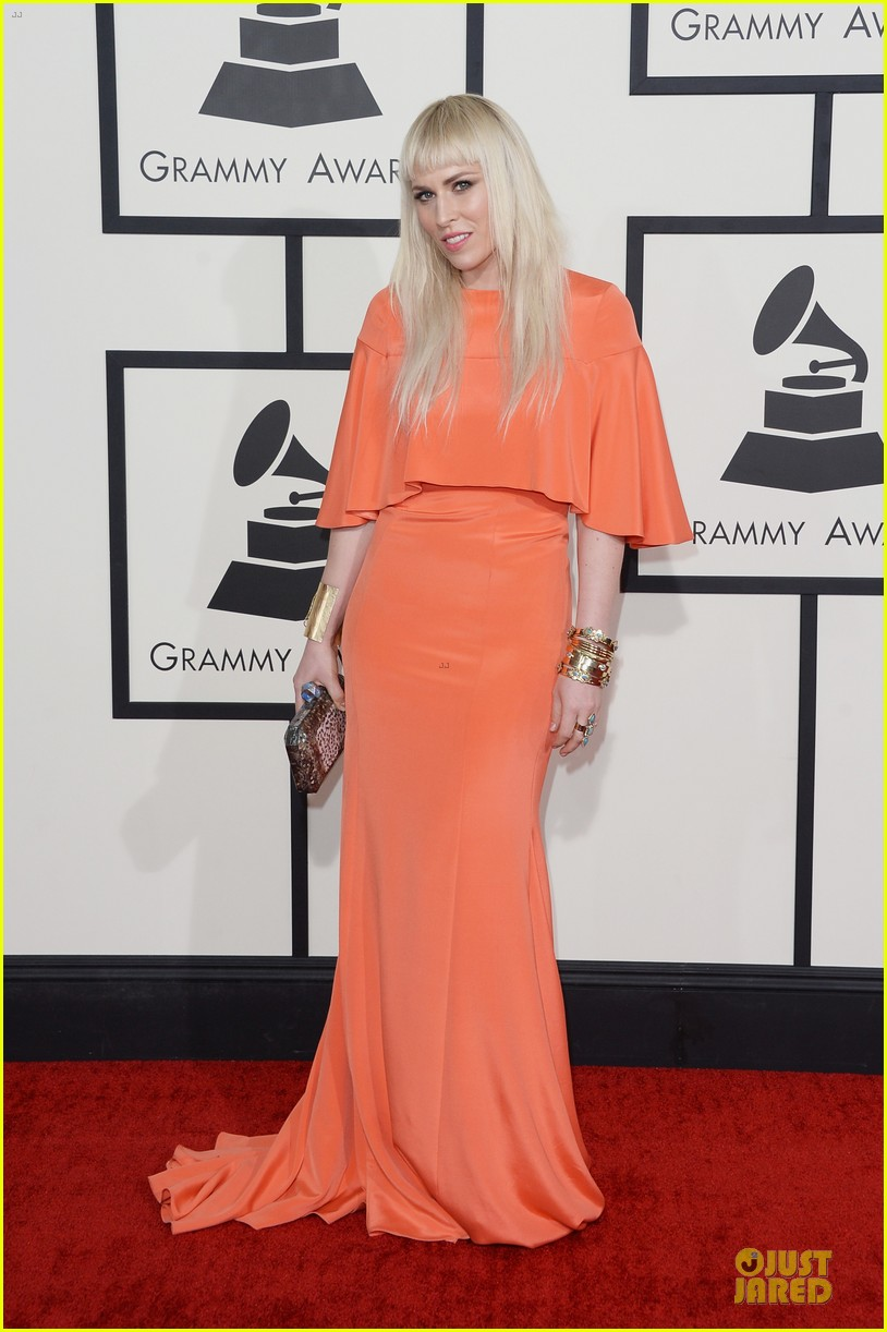 natasha bedingfield grammys 2014 red carpet 09