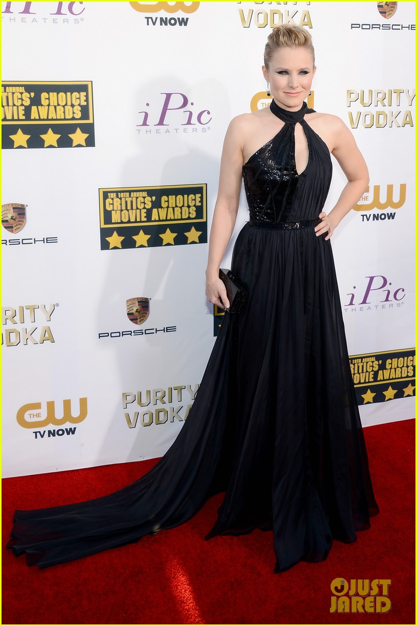 kristen bell critics choice movie awards 2014 red carpet 05