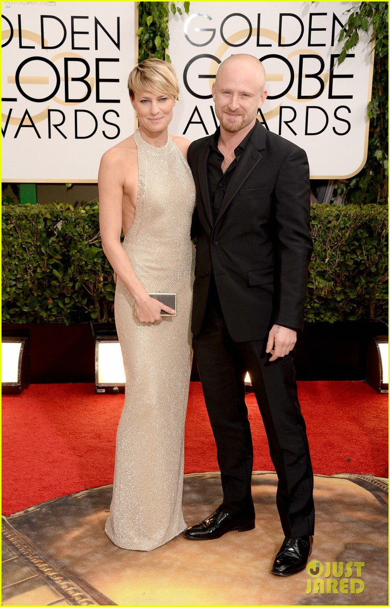 ben foster robin wright golden globes 2014 red carpet 01