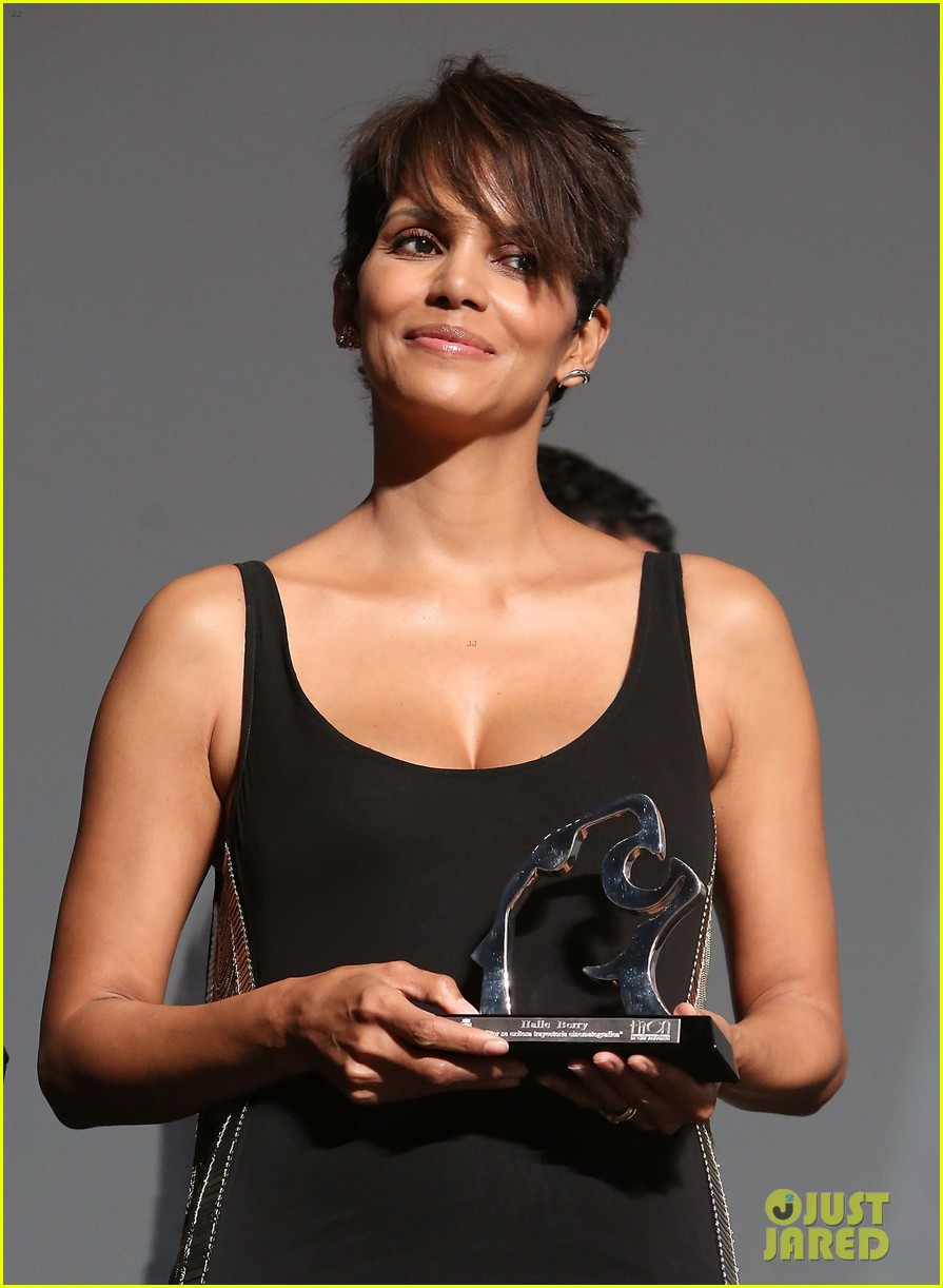 halle berry finds a new husband for her tv show extant 16