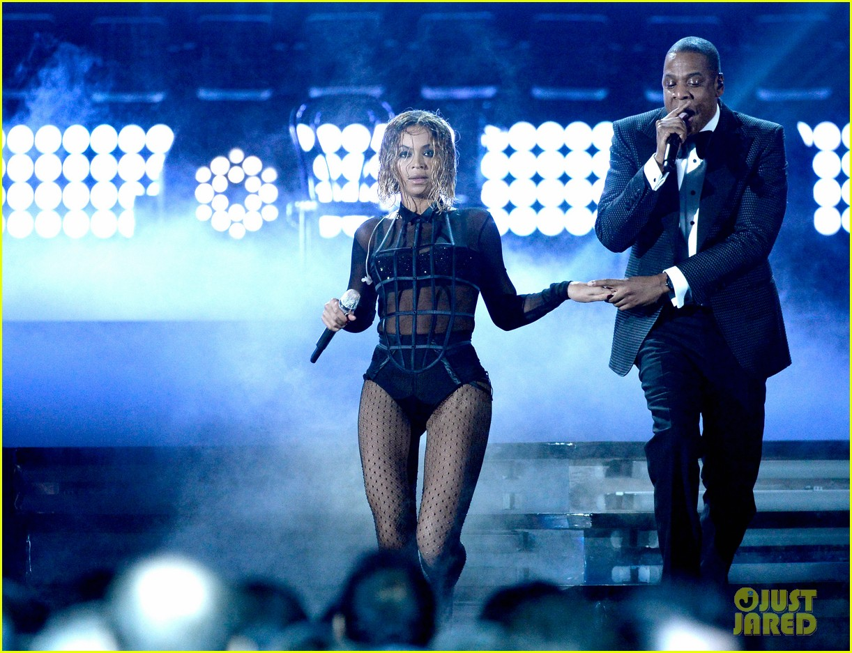 beyonce jay z drunk in love at grammys 2014 watch now 05