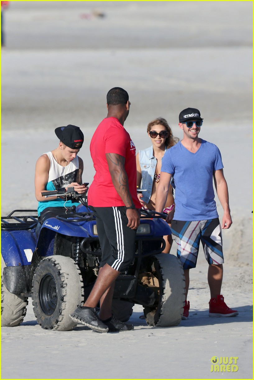 justin bieber atv beach fun with chantel jefferies watching 053042282