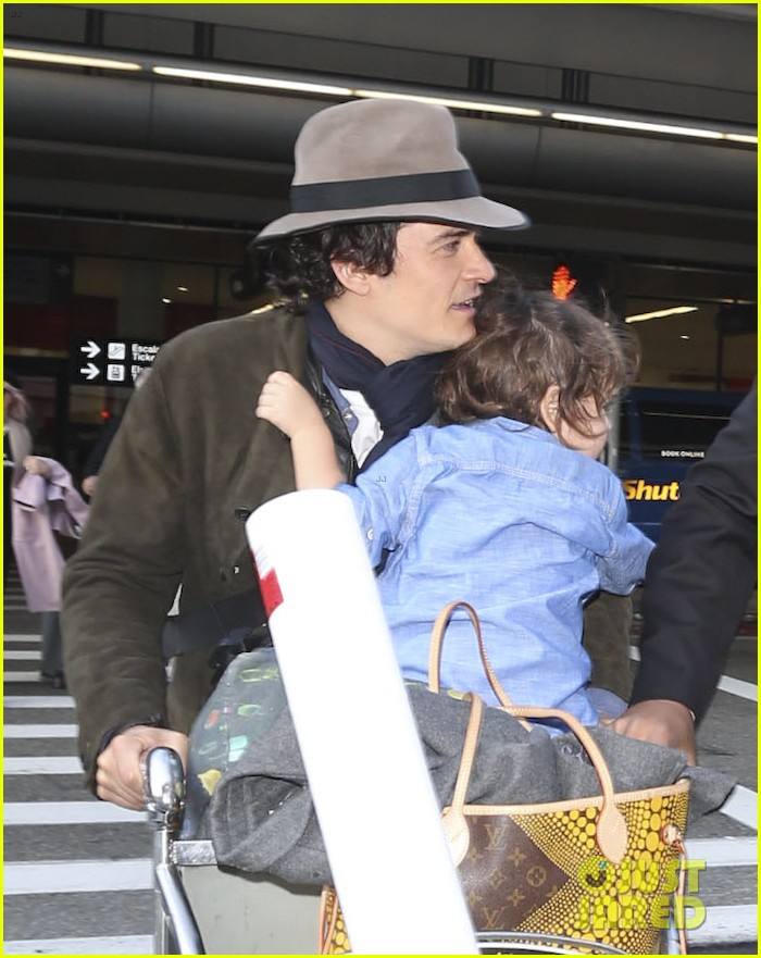 orlando bloom brings flynn to los angeles after his 3rd bday 02