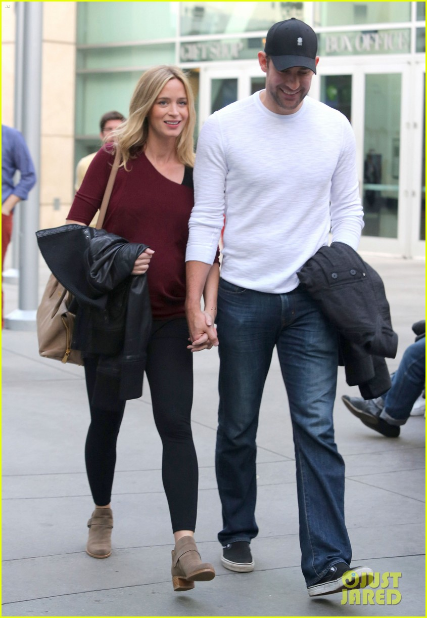 emily blunt john krasinski catch up on their movies 24