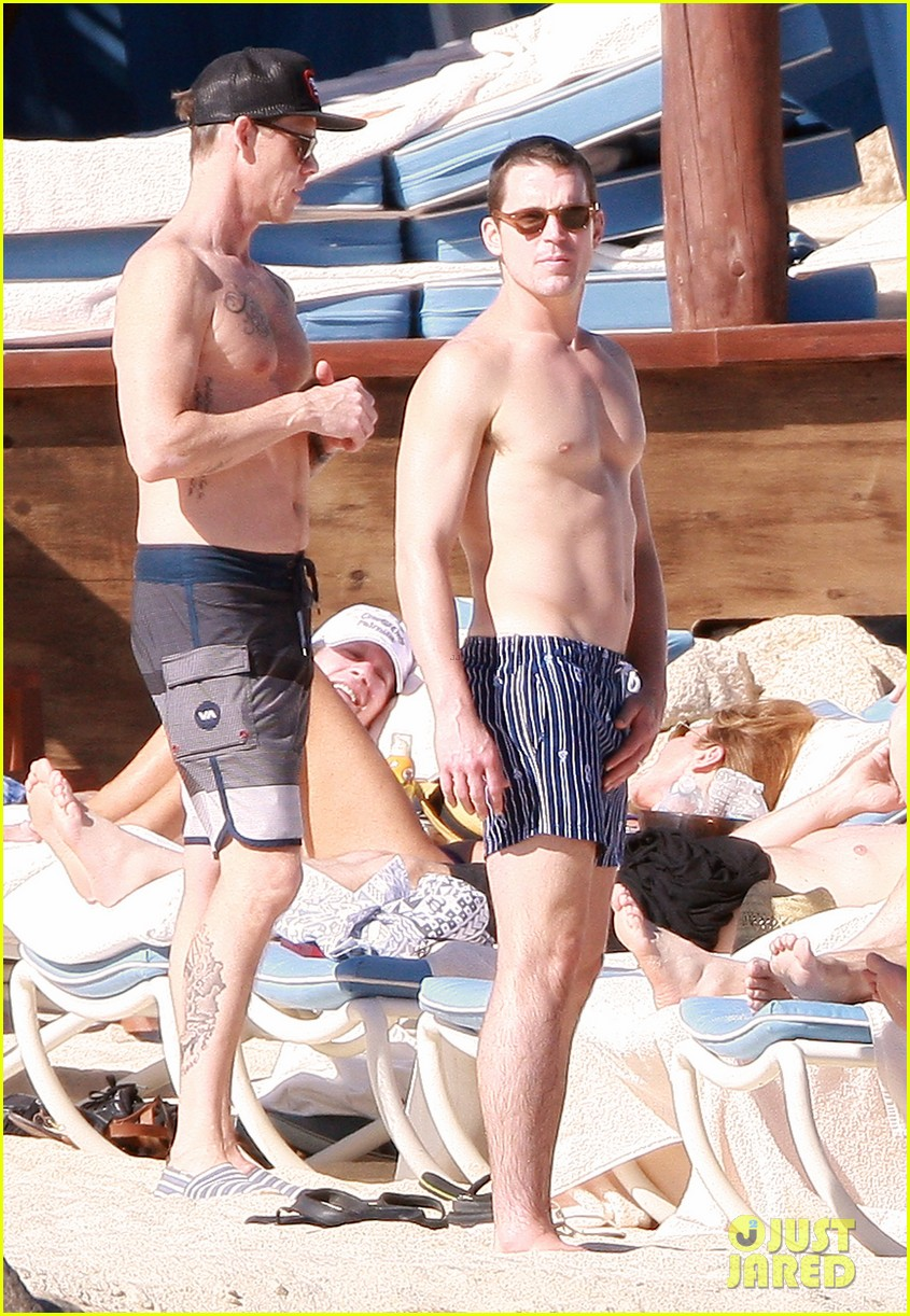 matt bomer shirtless sexy cabo vacation with simon halls 01