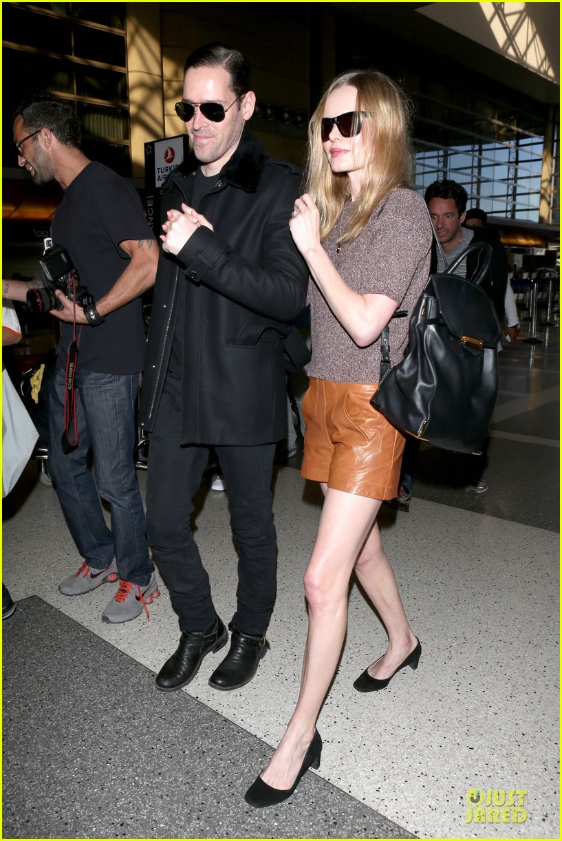 kate bosworth michael polish hold hands for france getaway 20