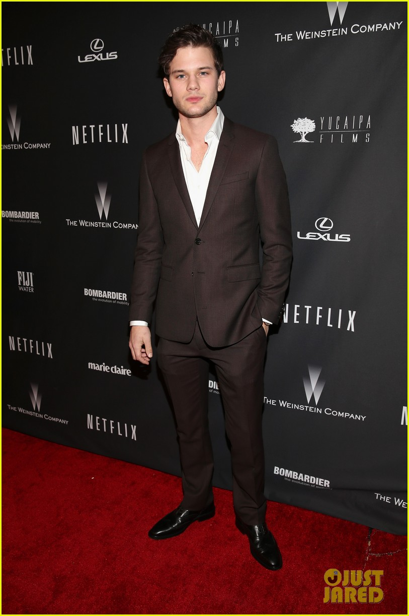 daniel bruhl jeremy irvine weinstein golden globes party 2014 04