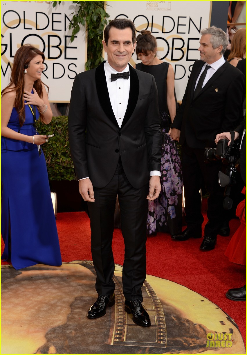 ty burrell ed oneill golden globes 2014 red carpet 013029775